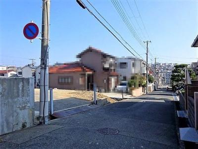 【前面道路含む現地写真】神戸市垂水区福田4丁目 新築一戸建 2号棟