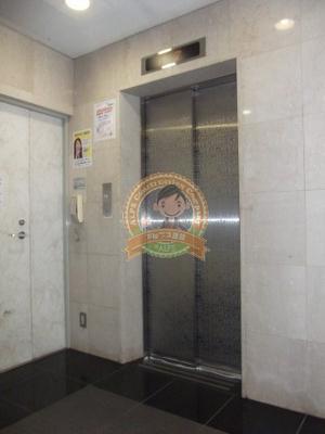 共用スペース・エレベーター。