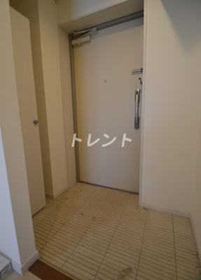 【玄関】ウィスト新宿【Wist新宿】