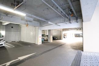 パティオス18番街 駐車場です