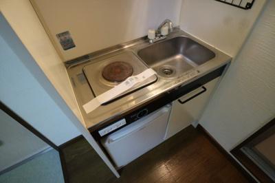 【キッチン】Rinon東山本 103号室