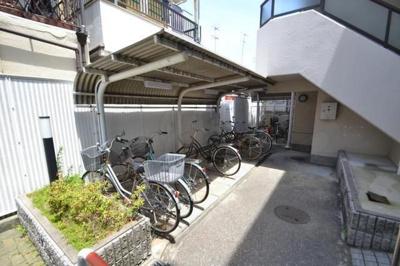 【駐輪場】尼崎市RC造の一棟マンション
