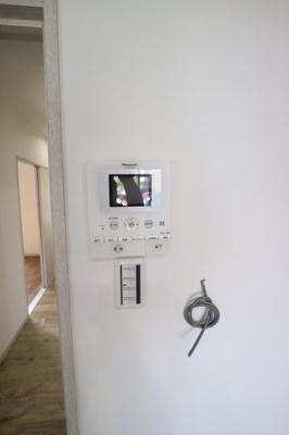 TVモニター付きインターフォン付き♪