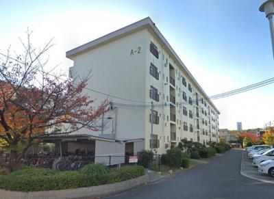 【現地写真】鉄筋コンクリート造の120戸の大型マンション♪