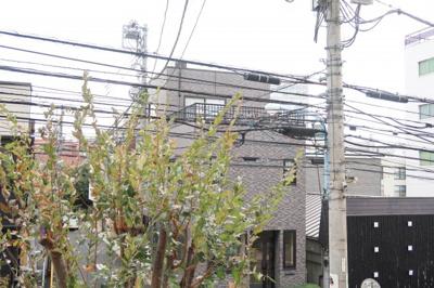 カスタリア新宿夏目坂の周辺です