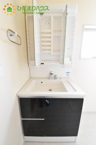【独立洗面台】北本市石戸5丁目 新築一戸建て リーブルガーデン 01