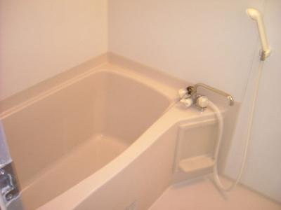 お風呂で日々の疲れを落としましょう