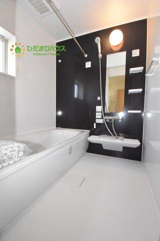 【浴室】北本市石戸5丁目 新築一戸建て リーブルガーデン 04
