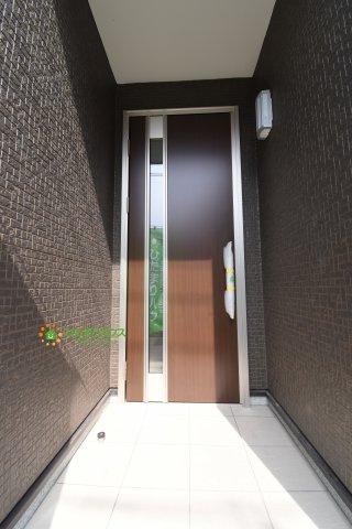 【玄関】伊奈町小室 20-1期 新築一戸建て リナージュ 01