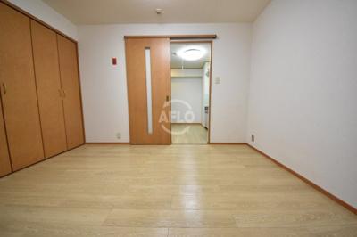 三恵ガーデンハイツ 洋室