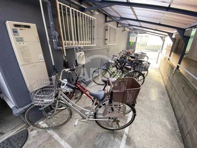 三恵ガーデンハイツ 駐輪場