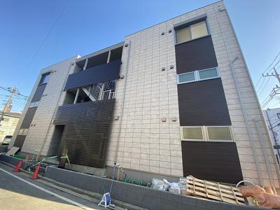 ※施工中※2021年3月完成の新築アパート♪2沿線利用できる中山駅から徒歩3分!通勤に便利な立地です◎