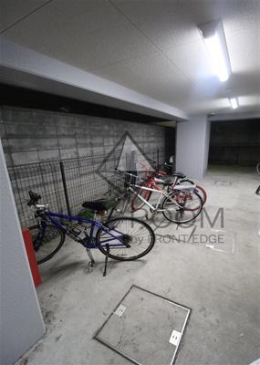 クレアシオン白金台 駐輪場