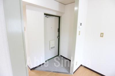 【玄関】グリーンコート258