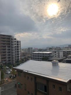 高いマンションなどがなく開放的な眺望がひろがります。