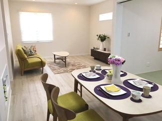 【施工例】リビング 快適さにこだわり、家族みんながゆっくりくつろげる空間造りを致します!