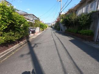 【前面道路含む現地写真】日の峰3丁目 中古戸建