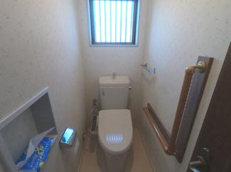 1.2階にトイレ有ります