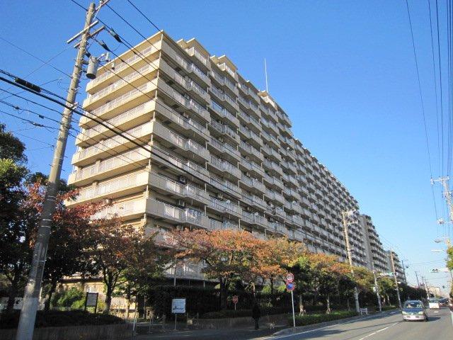 ライオンズマンション南市川 福栄3丁目 南東向きの陽当り・眺望・通風良好なお部屋です!仲介手数料無料です。