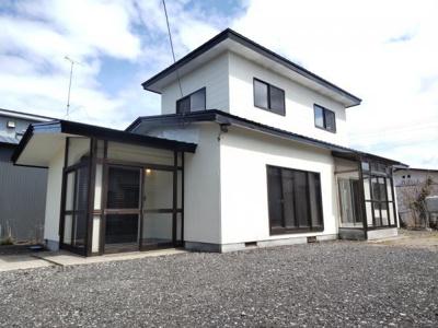 【外観】能代市字長崎・中古住宅 リフォーム済
