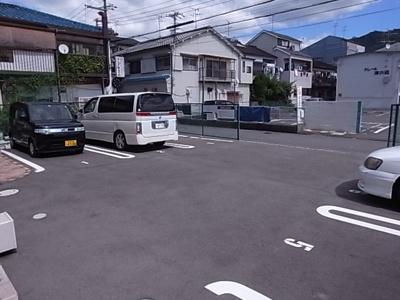 【駐車場】グレイスワン