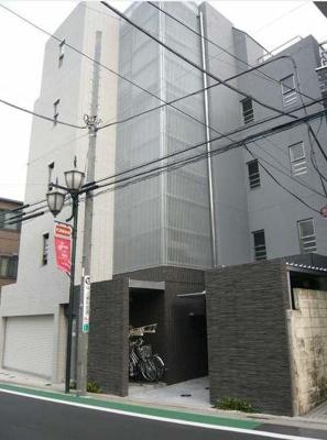 鉄筋コンクリートマンション。