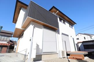 千葉市稲毛区園生町 新築一戸建て 穴川駅 ウッドデッキのある和モダンな住宅です