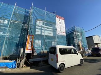 新京成線「滝不動」駅徒歩9分「高根公団」駅徒歩15分の全3棟の新築一戸建てです。