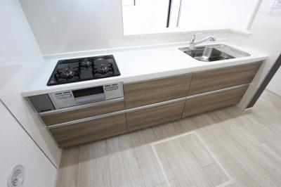 きれいなキッチンです:建物完成しました♪毎週末オープンハウス開催♪三郷新築ナビで検索♪