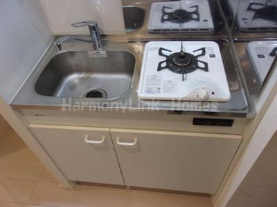 ハーモニーテラス五反野Ⅱのコンパクトなキッチンで掃除もラクラク
