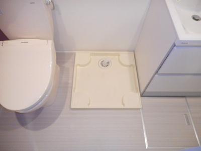 ハーモニーテラス柴又Ⅲの室内洗濯機置き場☆