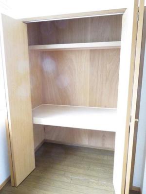 【玄関】イーストコートA