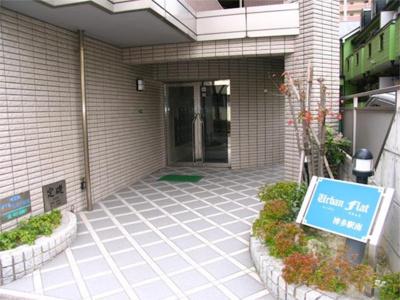 【エントランス】アーバンフラット博多駅南
