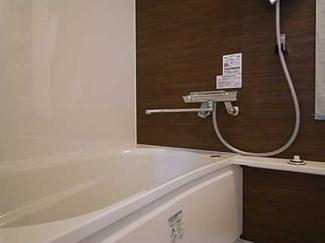 【浴室】日商岩井牛田マンション