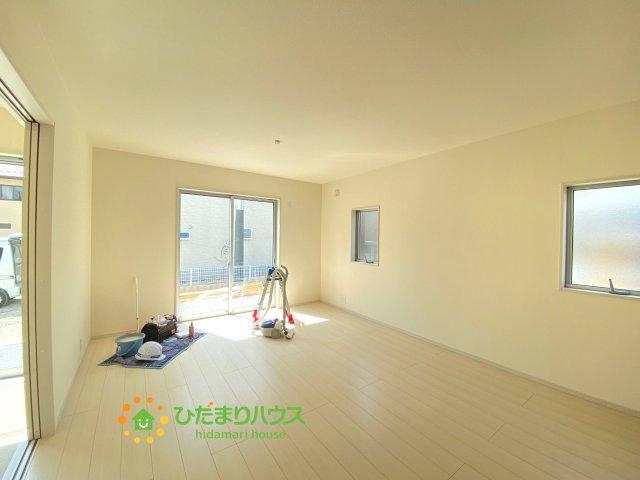 【居間・リビング】古河市静町 第2 新築一戸建て 01 リーブルガーデン