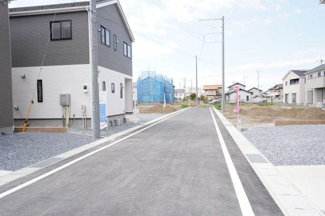 車通りが少ないので駐車をらくらくできますよ。