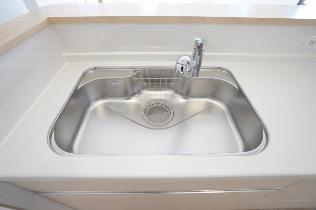フライパンやお鍋をらくらく洗える広々キッチン!