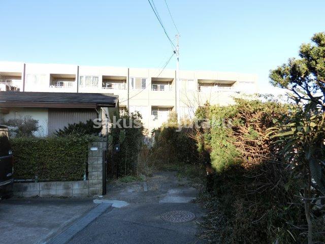 萱田町 売地 約79坪 建築条件なし 古家ありますが解体更地渡しです。