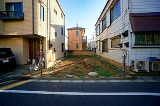 住環境良好の住宅街にあります。 駅までは平坦で着きます!