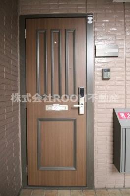 【玄関】ウエストコート