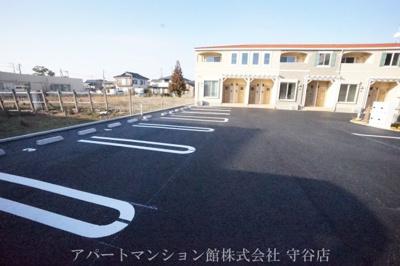 【駐車場】ハウス AIAI