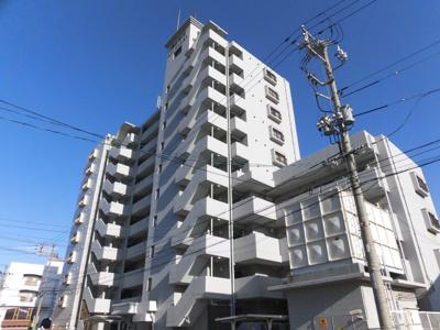 徳山駅前の大型マンションで駅まで3分です。
