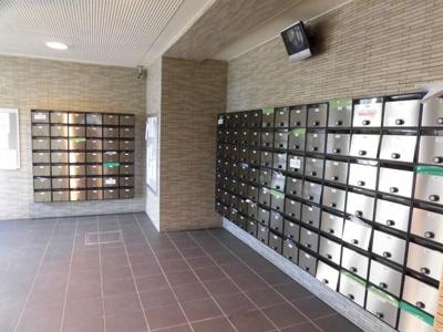郵便もダイヤル鍵付きです。