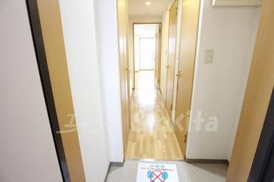 【玄関】シャルマンフジ新大阪