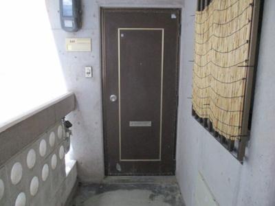 【玄関】赤嶺アパート