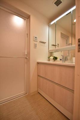 【独立洗面台】モンファイエ菊川 4階 リ ノベーション済 2000年築
