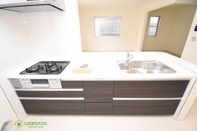 【キッチン】上尾市柏座2丁目 新築一戸建て リーブルガーデン
