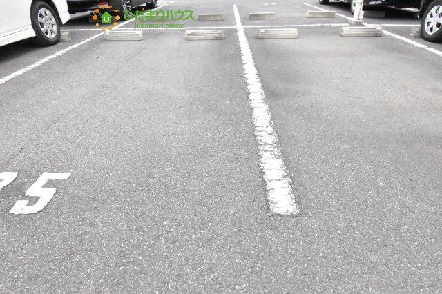 【駐輪場】上尾市緑丘2丁目 中古マンション ゼファー上尾緑丘