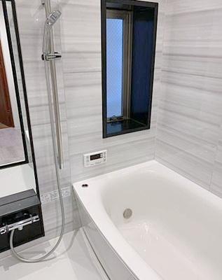 【浴室】アクシルコート上野 リ フォム済 空室 専 用 駐 車場