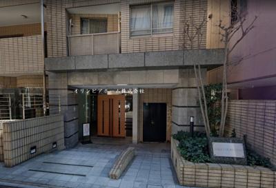 【外観】アクシルコート上野 リ フォム済 空室 専 用 駐 車場